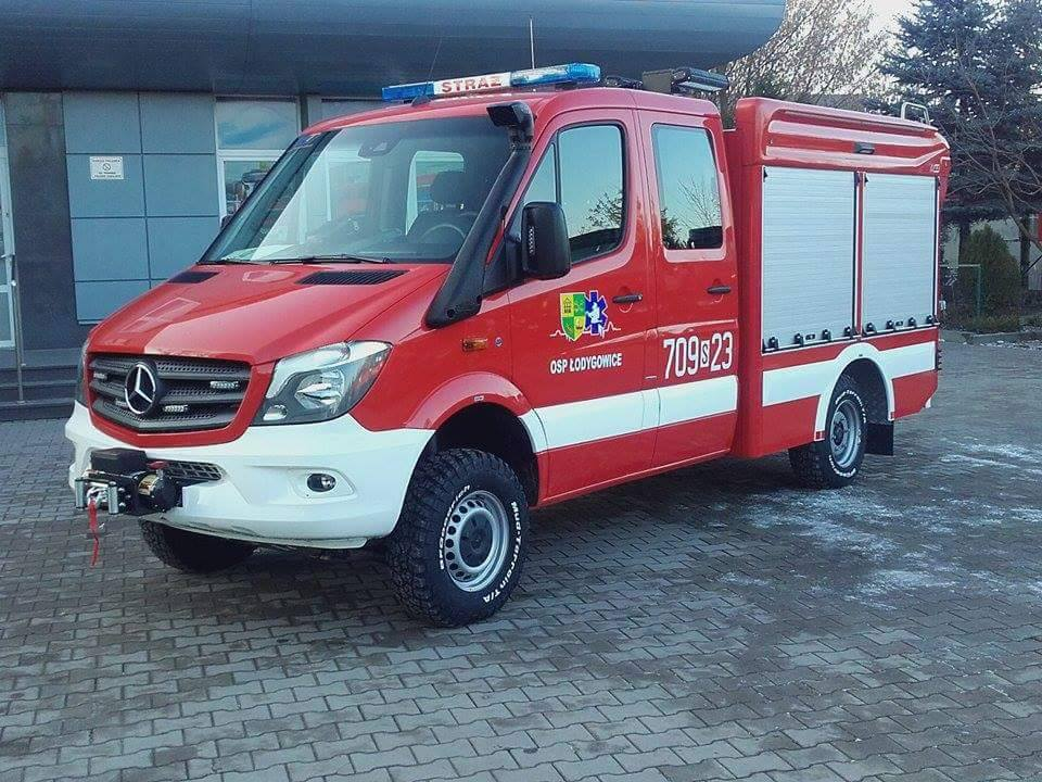 Nowy wóz bojowy w OSP Łodygowice – OSP Łodygowice